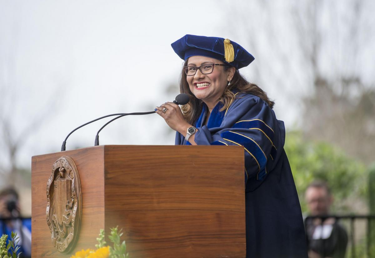 Liliana Rodriguez giving 2019 commencement address